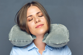 Rigid neck pillow